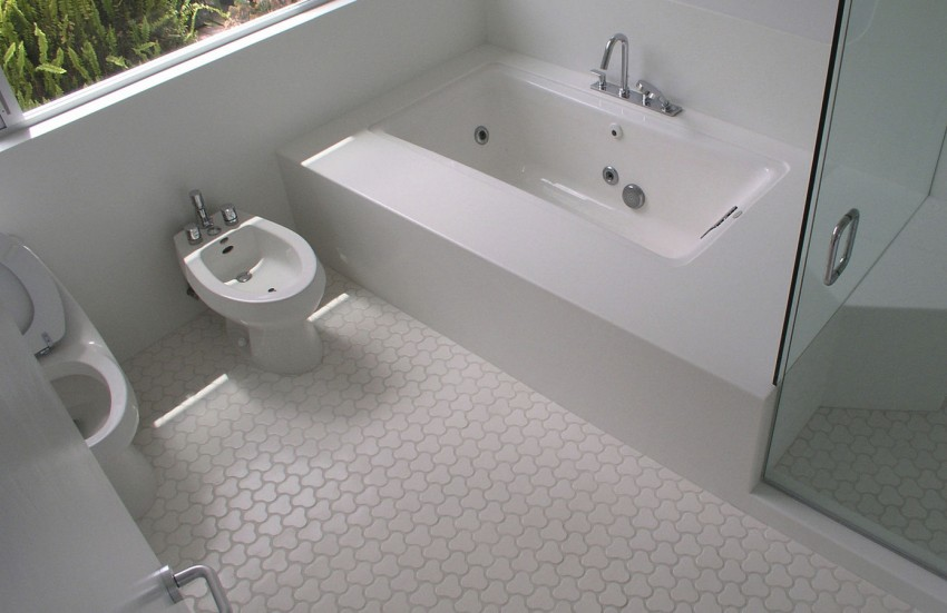 Пол в ванной - критерии выбора покрытия, варианты оформления и советы по отделке (120 фото)