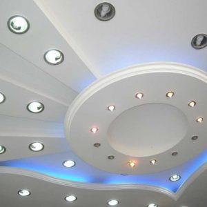 Потолок из гипсокартона в ванной — плюсы, минусы, советы по выбору дизайна и особенности конструкций (90 фото)