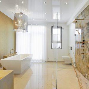 Потолок в ванной своими руками — советы по выбору стиля и дизайна. Способы монтажа и варианты отделки потолка