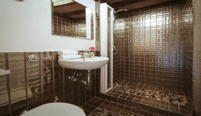 Укладка плитки в ванной - схемы, нюансы, особенности и советы профессионалов по подбору и укладке плитки