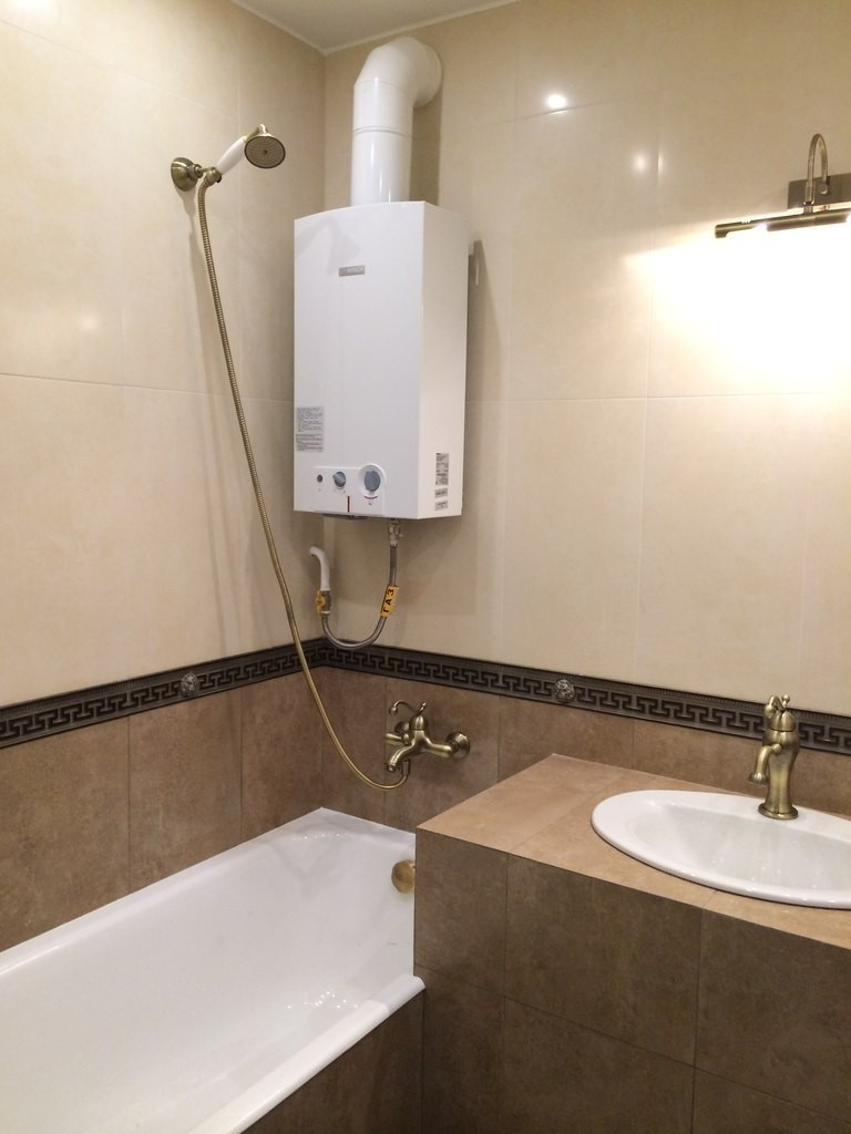 Ванная 3 кв. м.: лучшие варианты дизайна и советы по выбору размещения сантехники и мебели